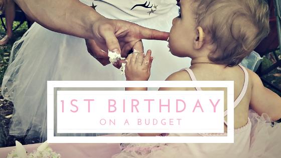 Baby S First Birthday On A Budget Livinglifelovingus